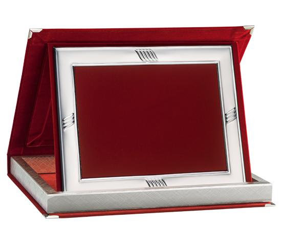Astucci in velluto rosso e profilo per targhe serie AS 10RPFA