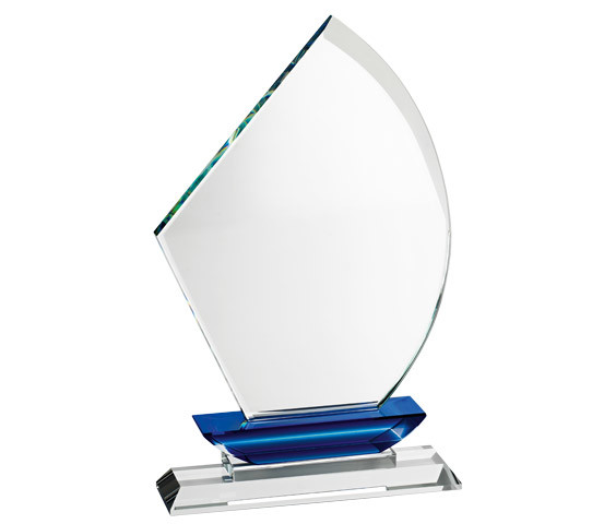 Crystal Trophy TR 10